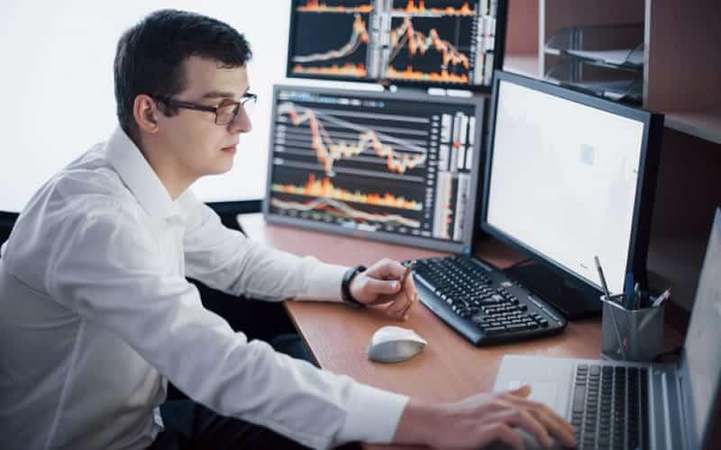 O que é um Shareholder? Diferenças dos Stakeholders